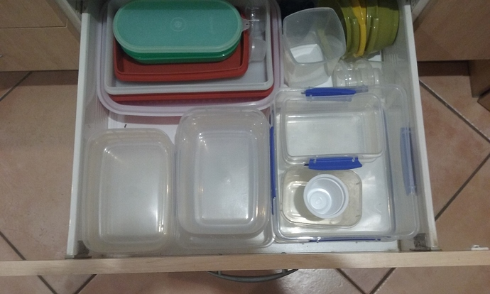 Plastic Containers 02.09.2020